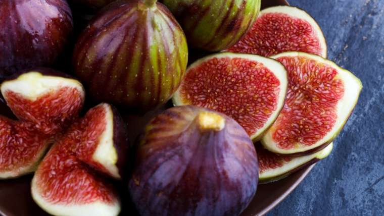 organiczne daktyle ze slepu ze zdrową żywnością